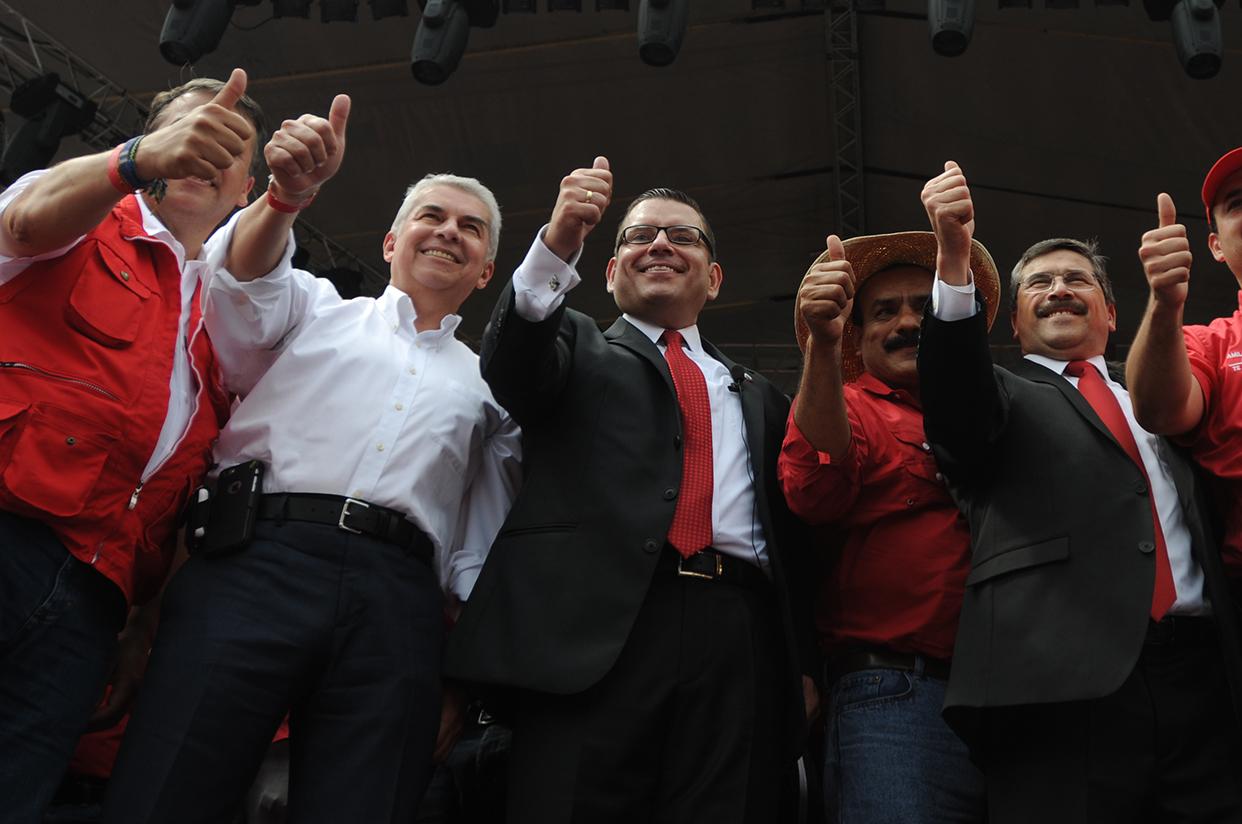 Manuel Baldizón suma un poderoso aliado en el Congreso, Luis Rabbé, presidente del Legislativo y cuñado del mandamás de la televisión nacional, Ángel González.