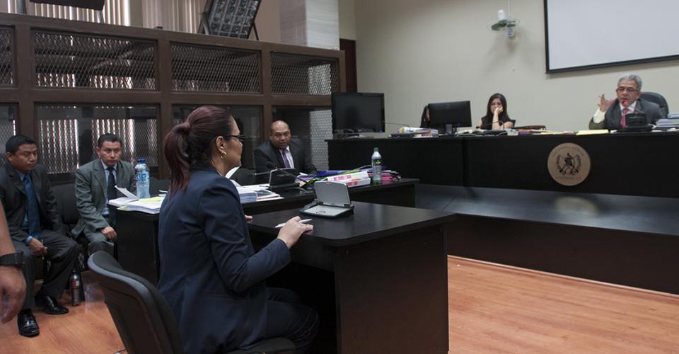 La ex vicepresidenta Roxana Baldetti se abstuvo a declarar en la audiencia de primera declaración.