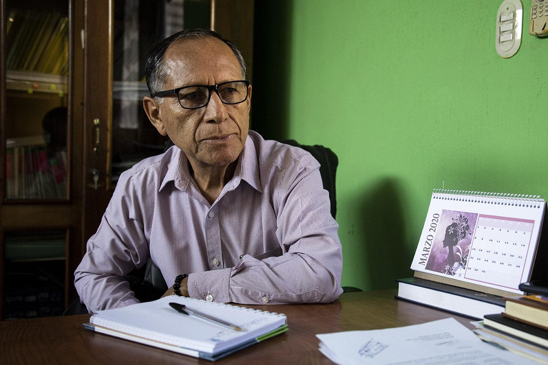 Rubén Méndez, alcalde de Ayutla y vicealcalde durante la época de Suñiga. De su administración resalta la instalación de un centro de salud clase dos, la construcción de escuelas y la creación de tres centros de convergencias.