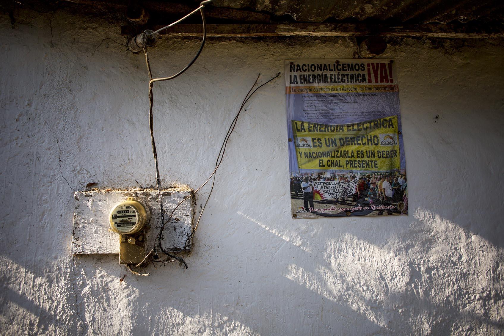 Un detalle pegado a la fachada de una casa en Carrizal Grande.