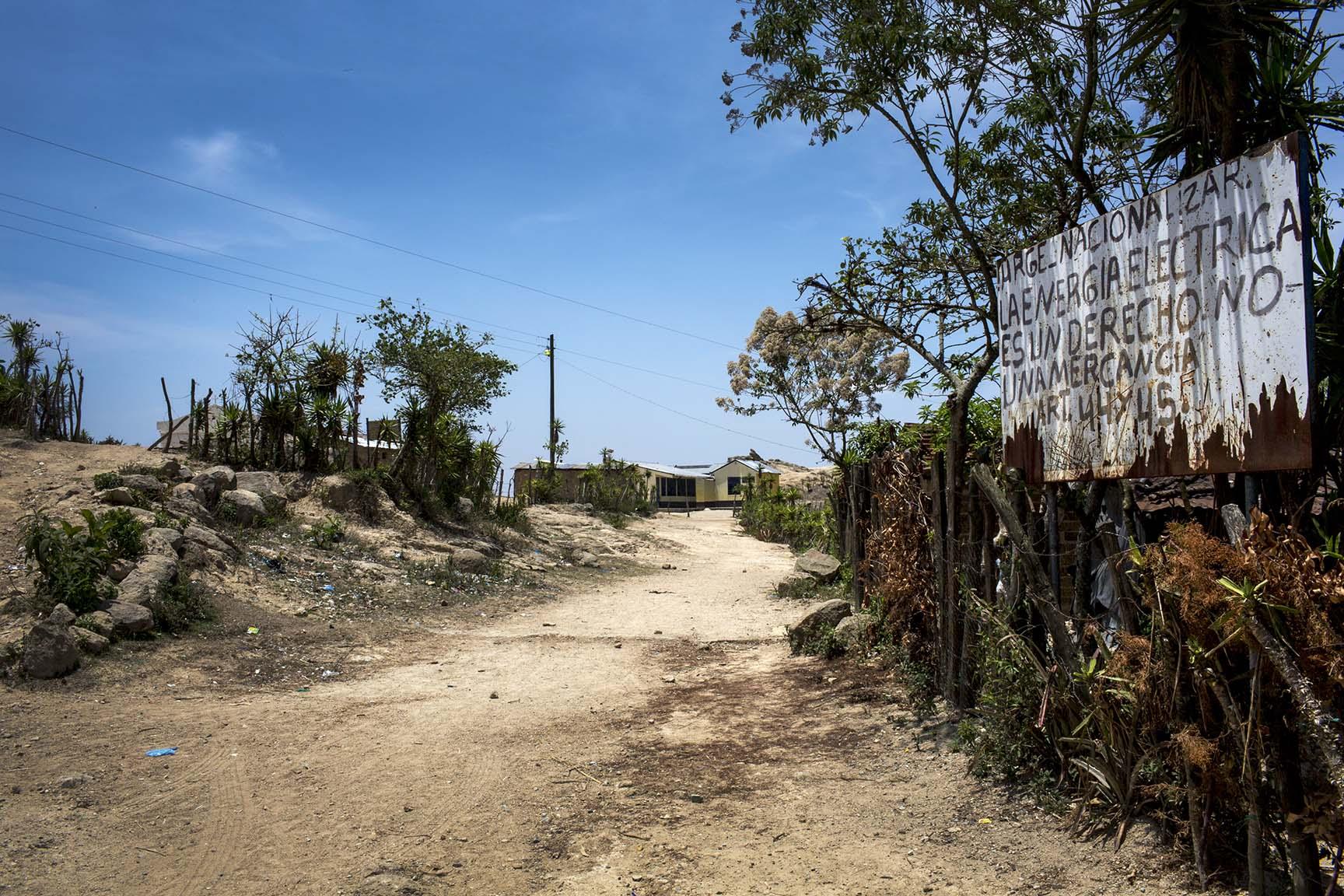Otro mensaje directo sobre la postura política de la aldea Las Crucitas.