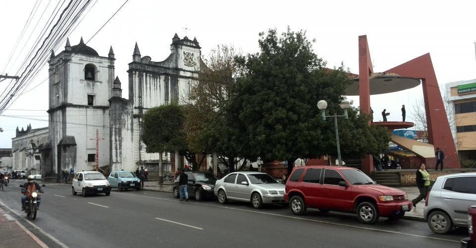 El kiosko y la catedral