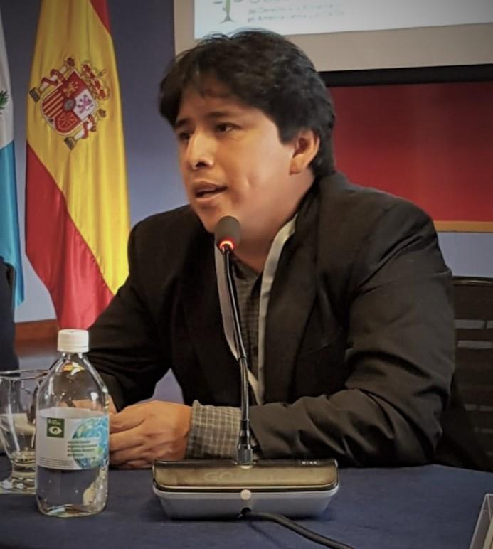 Imagen de Jorge F. Pernillo