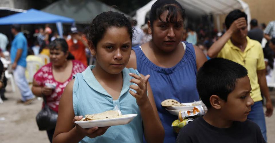 El Movimiento Ipalteco Libre y Pensamiento Activo (MILPA), que habitualmente funciona como un comedor popular para ancianos es una fiesta.